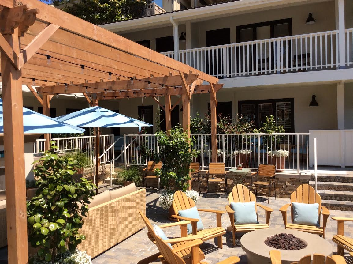Hotel Carmel Newly Remodeled Rooms, Hottub and Fire on Patio with Brophy's Tavern on site in Carmel, Ca 93921