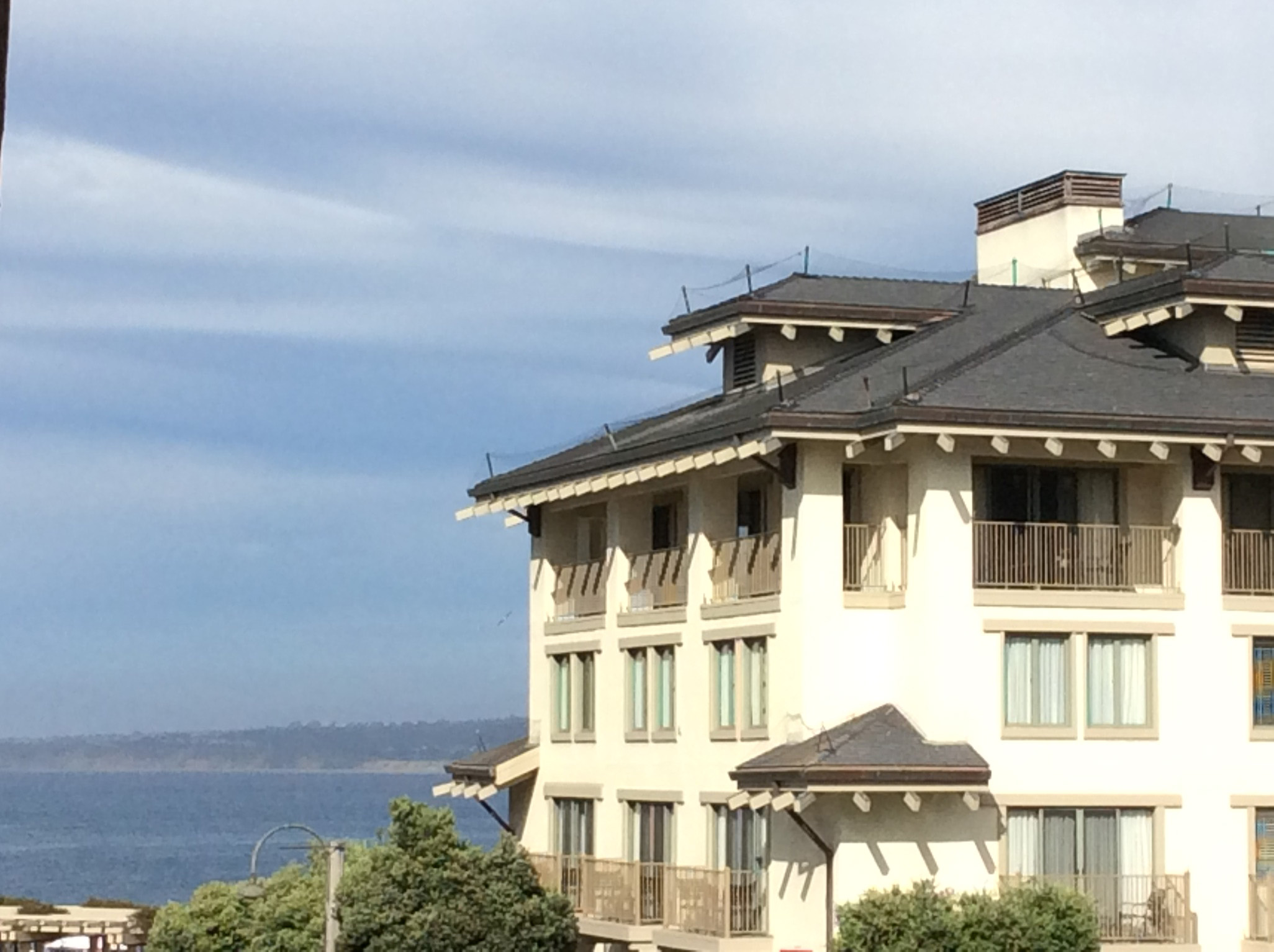 Monterey plaza hotel luxury oceanfront resort on cannery for Luxury hotel reservations