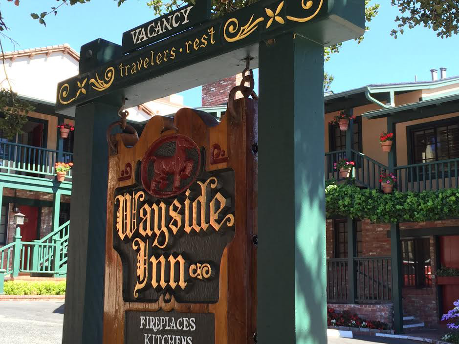 Wayside Inn a Carmel Bed and Breakfast style with fireplaces, jacuzzi and free parking on Mission Ave in Ca 93921